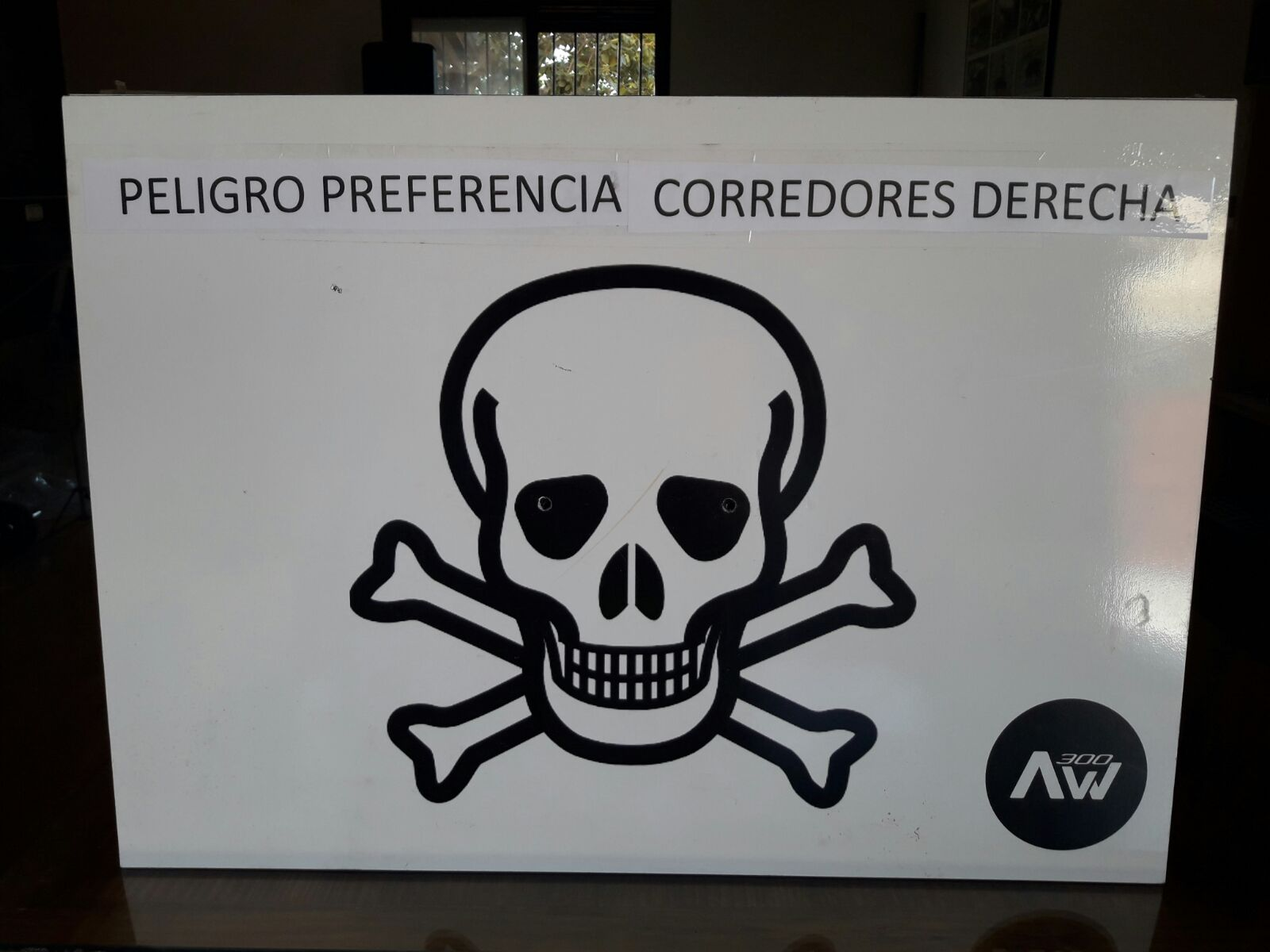 peligro derecha